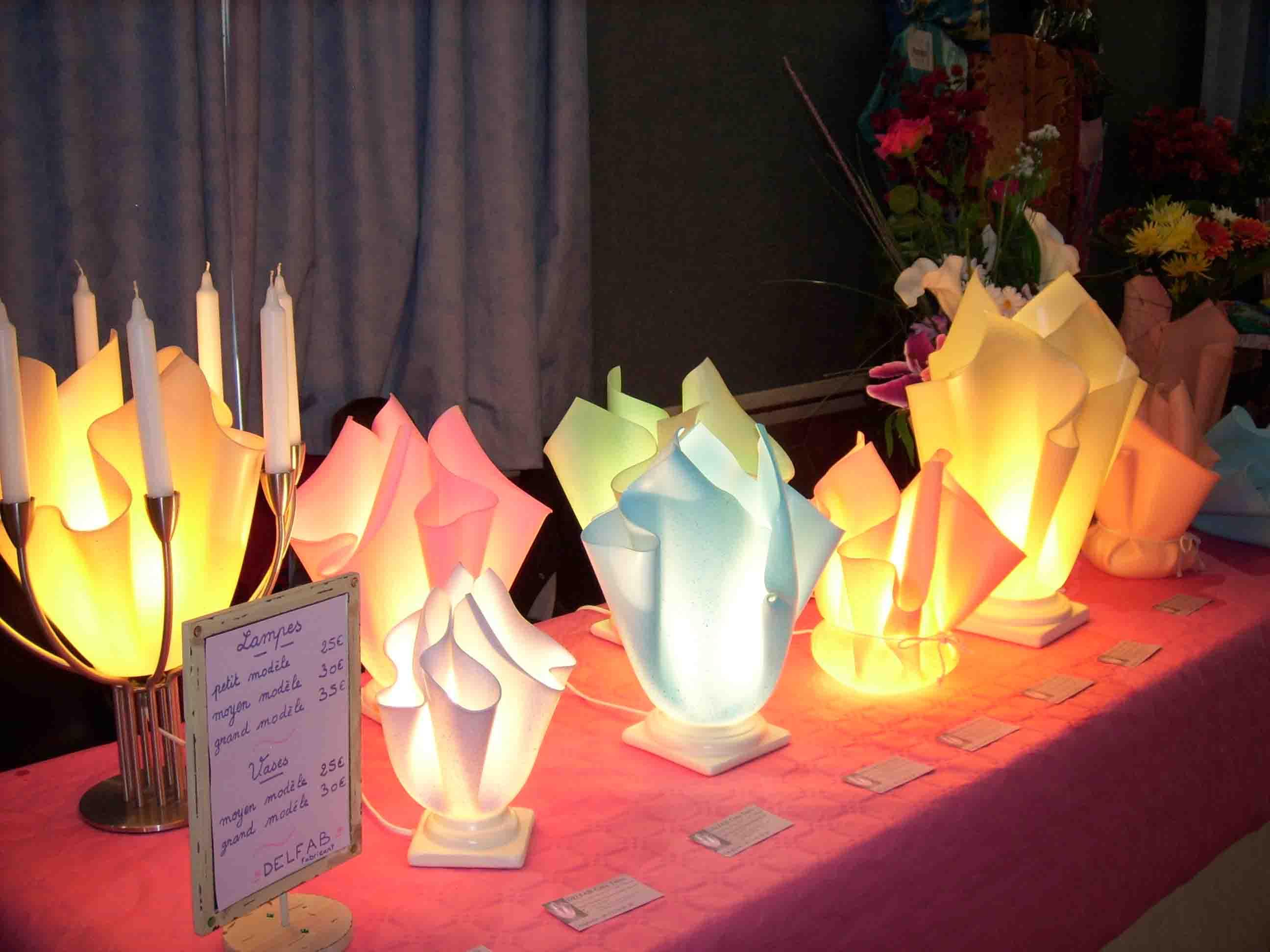 lampe artisanale lampe d corative diffuseur huiles. Black Bedroom Furniture Sets. Home Design Ideas